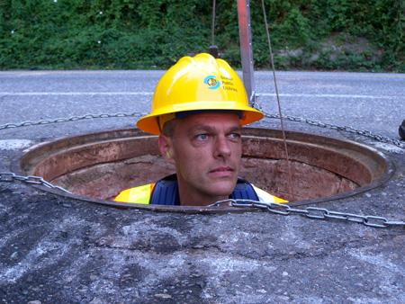 st_manhole